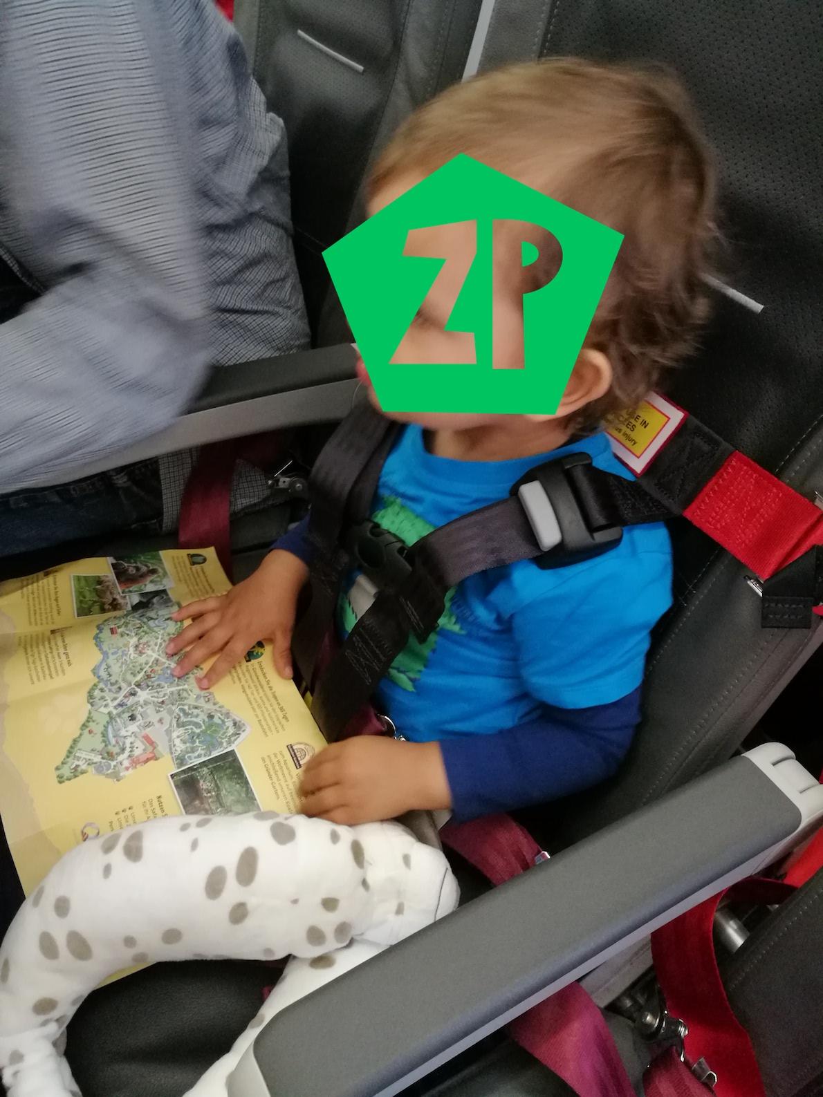 Erfahrungsbericht: Sichere Flugreise mit Kleinkind